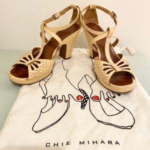 ❤️ Chie Mihara Lazercut Leather Sandals